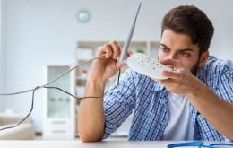 Brasileiros desaprovam serviços de internet de banda larga fixa no país