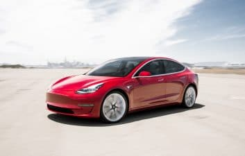 Tesla to expand self-driving car software to more drivers