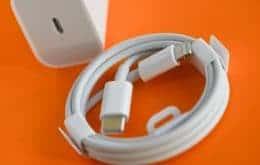 Apple é multada em R$ 10 mi por vender iPhones sem carregador