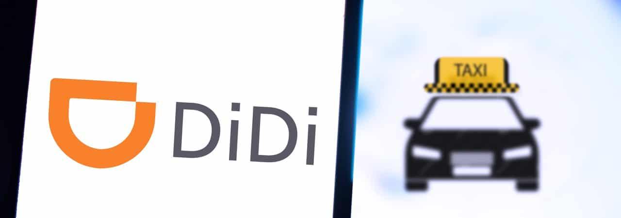 Logo do aplicativo Didi Chuxing aberto em um smartphone