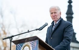 Biden authorizes the purchase of 100 million vaccines while the world deals with lack of doses