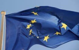 UE compra doses extras de vacina para controlar Covid-19 nas fronteiras