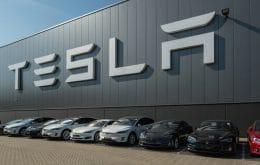 Tesla reajusta para cima preços dos carros elétricos