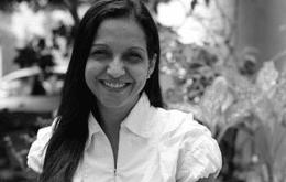 Iara Riça, dubladora da Arlequina, morre após sofrer aneurisma