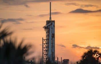 Olhar Digital transmite el lanzamiento de Crew-2 este viernes por la mañana