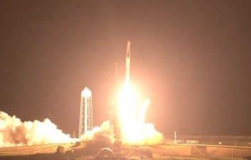 Crew-2: SpaceX e Nasa lançam quatro astronautas rumo à Estação Espacial Internacional