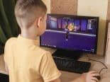 Quarentena e uso de telas podem estar ligados a problemas de visão em crianças