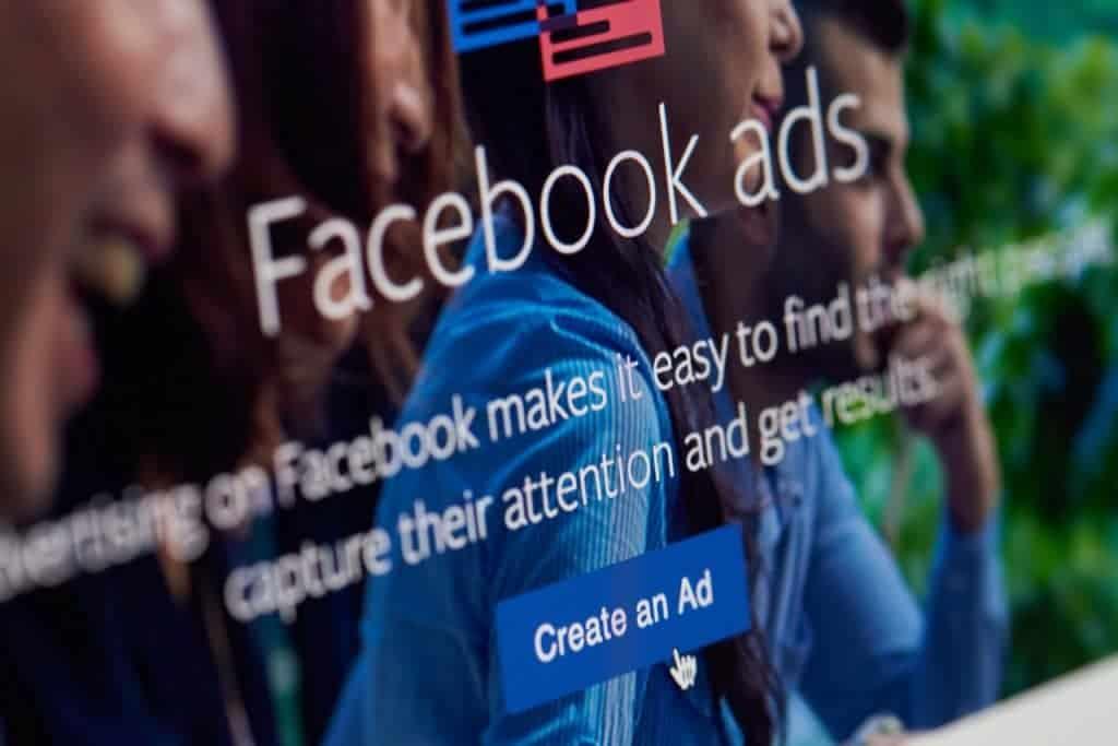 Ads do Facebook
