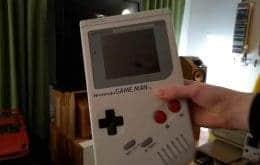 Tamanho família: Youtuber cria Game Boy gigante que funciona normalmente