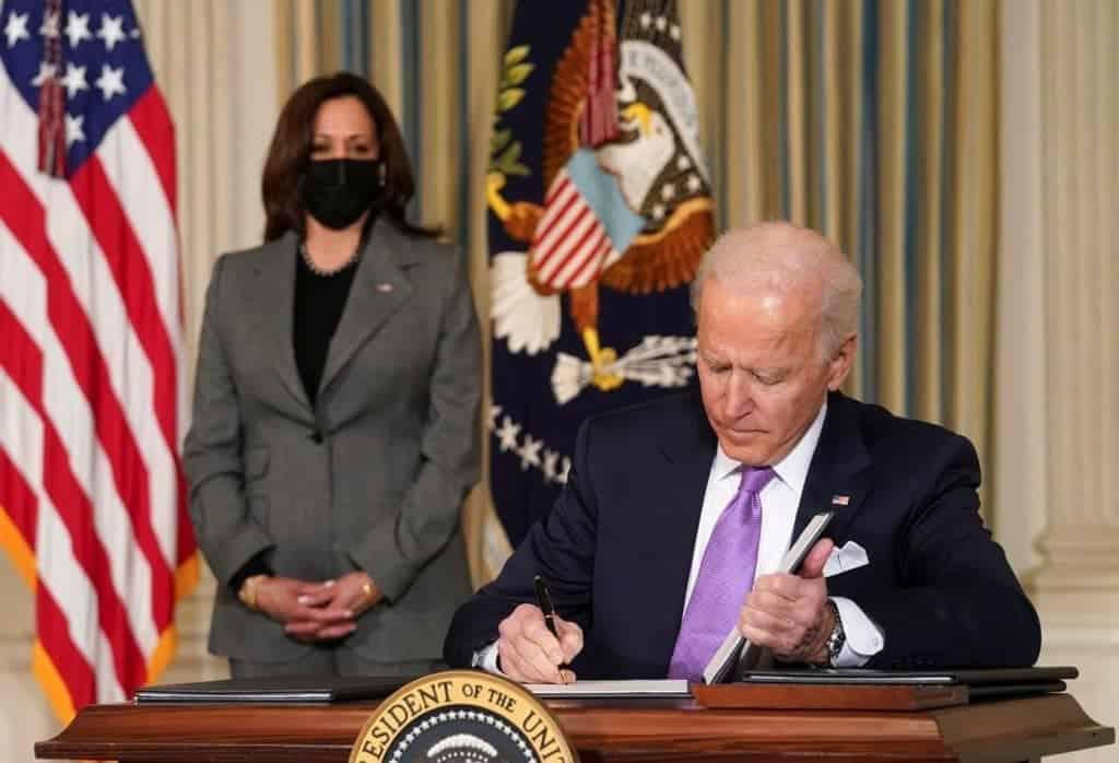 Presidente Joe Biden está negociando o envio de vacinas. imagem: Shutterstock