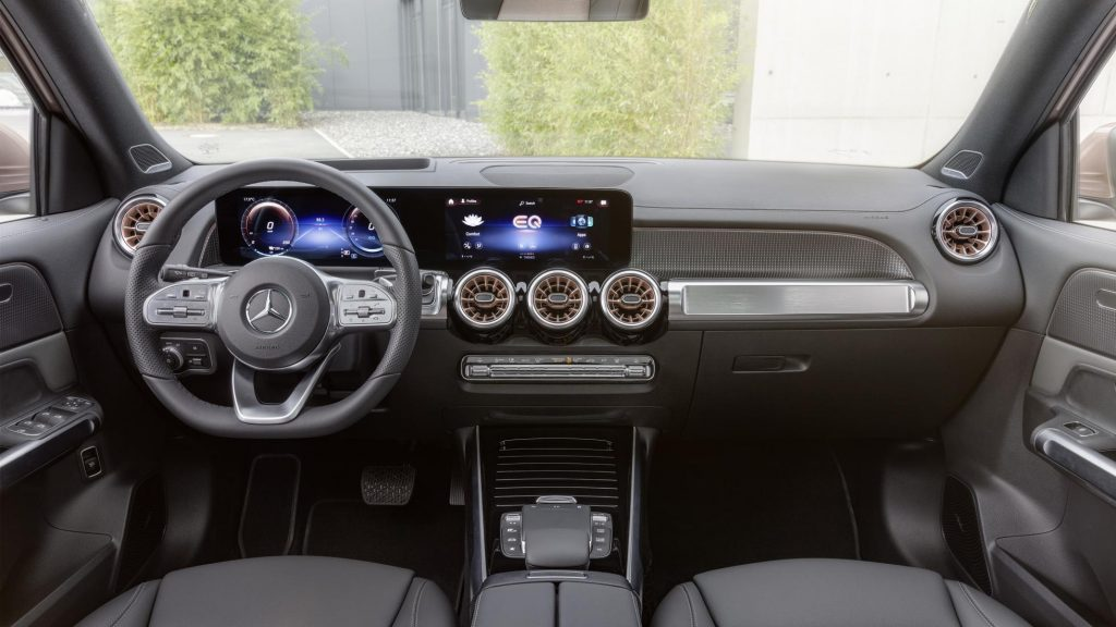 Mercedes-Benz EQB: novo SUV elétrico tem 7 lugares e direção semiautônoma. Imagem: Divulgação