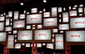 Brazilians prefer Netflix over cell phone and internet bills when paying on time