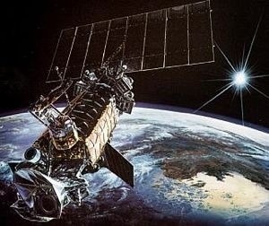 OPS 6182 is a meteorological satellite that was operated by the United States Department of Defense Meteorological Defense Satellite Program. It was launched on May 1, 1978 from Vandeberg Base in California. In the image, an artistic impression of the satellite. Credits: USAF