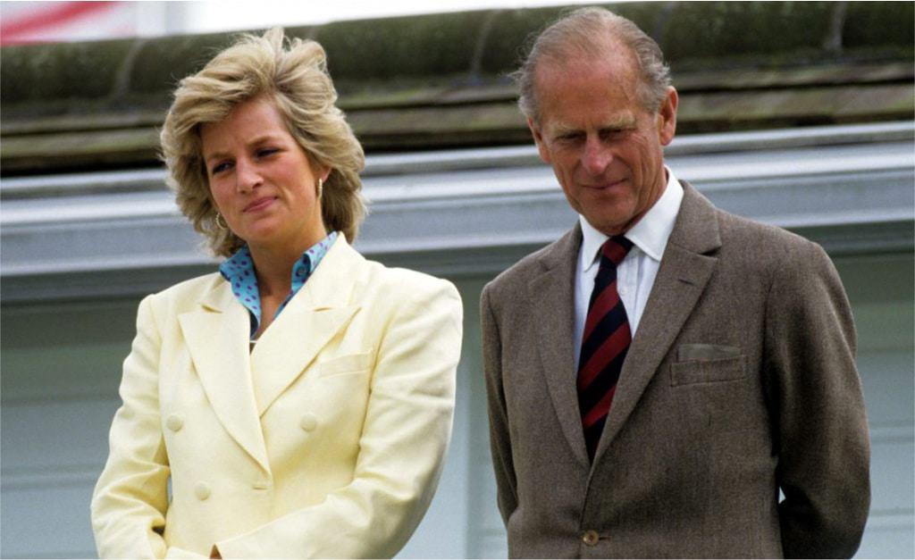 Philip e Diana juntos em evento real realizado em 1987. Imagem: Brendan Beirne/Shutterstock