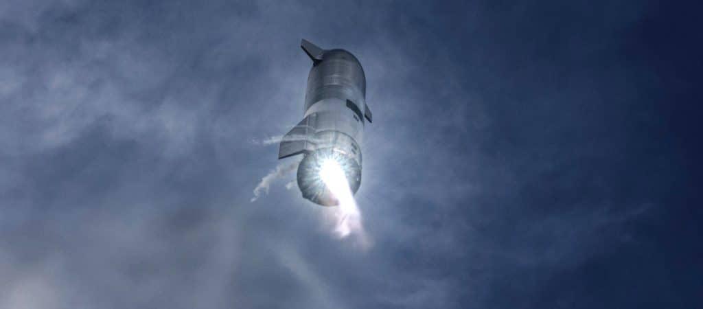 Starship SN10 durante voo de teste