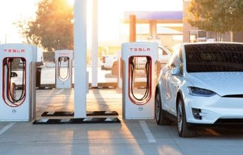 Tesla is building the world's largest charging station