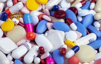 ¿Puedo tomar analgésicos antes o después de la vacuna Covid-19?