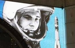 Show de luzes na Rússia: Drones desenham foguete que levou o primeiro homem até a órbita da Terra