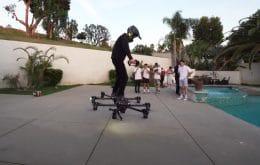 Voando pelas ruas: Homem trafega pelas ruas de Los Angeles com hoverboard