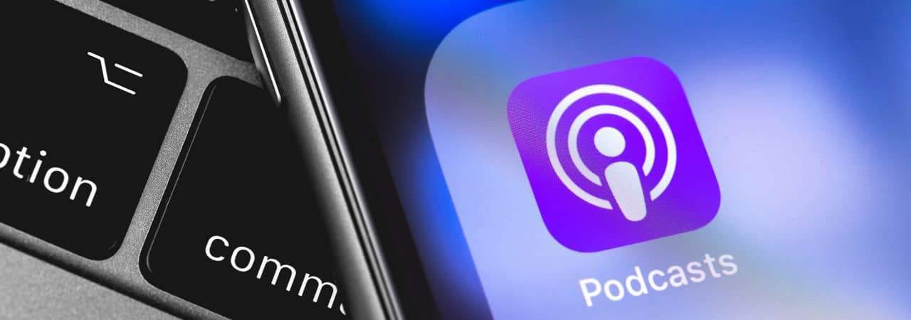 Apple Podcasts exibido em iPhone