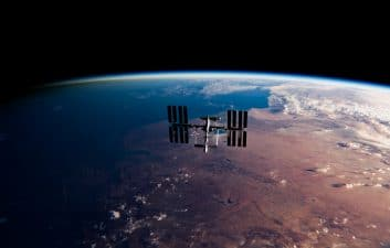 Unprecedented maneuver: Crew-1 maneuvers in space for the arrival of a new crew on the ISS