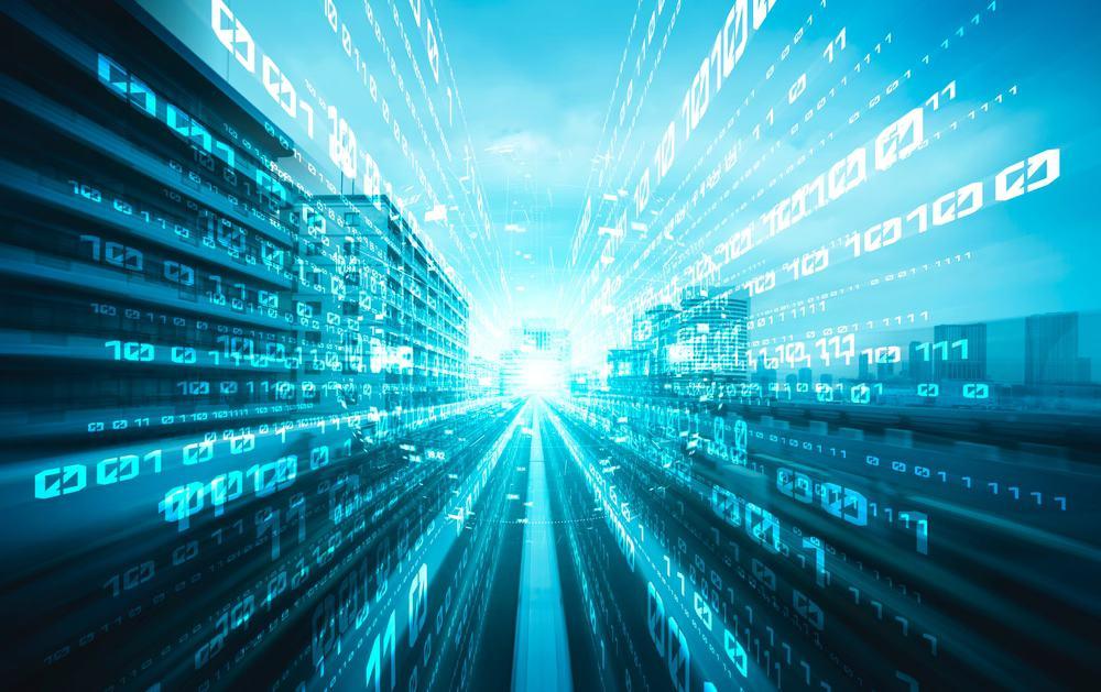 Imagem ilustra uma cidade coberta com um código de software