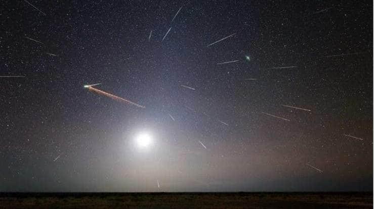 Eta Aquáridas registrado en el desierto de Pilbara, Australia en 2013. Créditos: Colin Legg