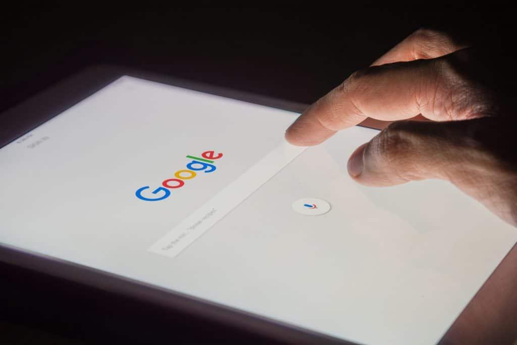Google lança recurso de busca 3D que permite ver atletas famosos em ação. Imagem: Shutterstock