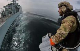 """Marinha inglesa testa mochila para voar como o """"Homem de Ferro""""; veja"""