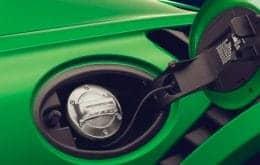 """Porsche trabalha no desenvolvimento de """"gasolina mais limpa que carros elétricos"""""""