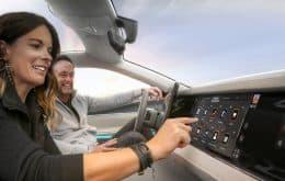 Parceria entre Stellantis e Foxconn promete carros mais conectados