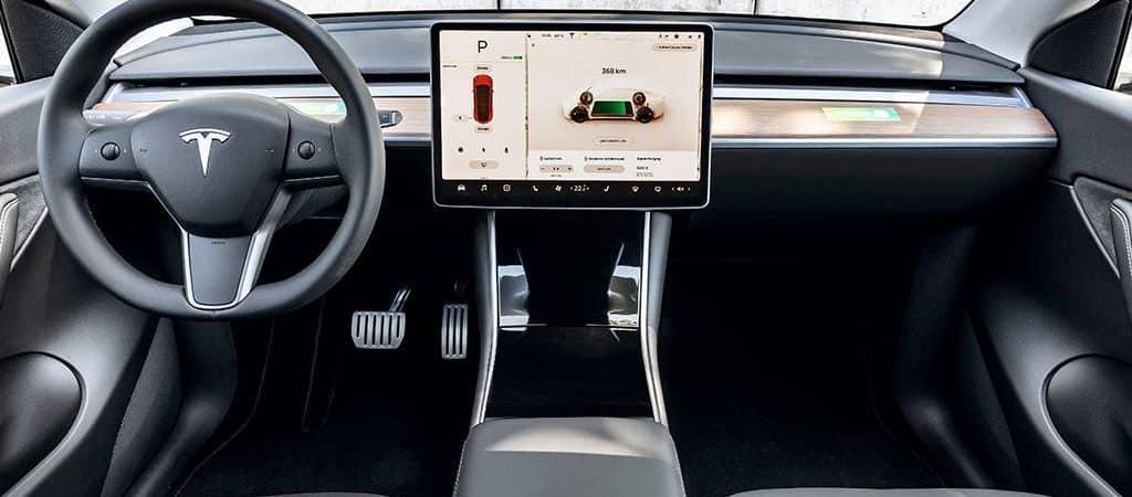 Tesla tira sensores de radar dos carros, pois confia no piloto automático. Imagem: Tesla/Divulgação
