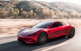 Tesla no museu? Elon Musk coloca o Roadster no meio de carros clássicos