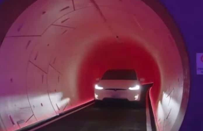 Startup de Elon Musk apresenta sistema de túneis em Las Vegas. Imagem: Reprodução/Redes Sociaisq