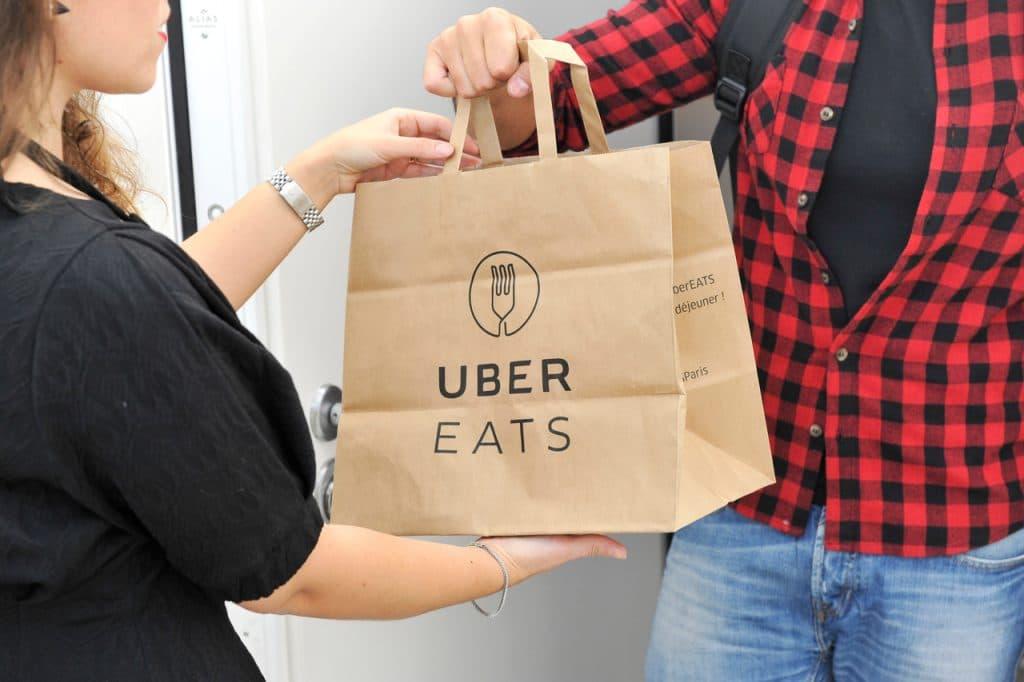 Ilustração de encomenda do Uber Eats