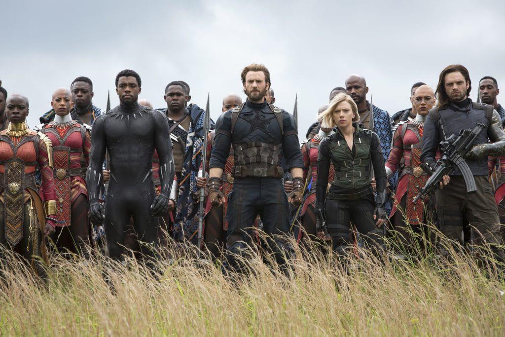 Guerra Infinita e Wakanda Forever: cena dos Vingadores contra Thanos na Terra é uma das melhores sequências já feitas. Imagem: Marvel Studios/Divulgação
