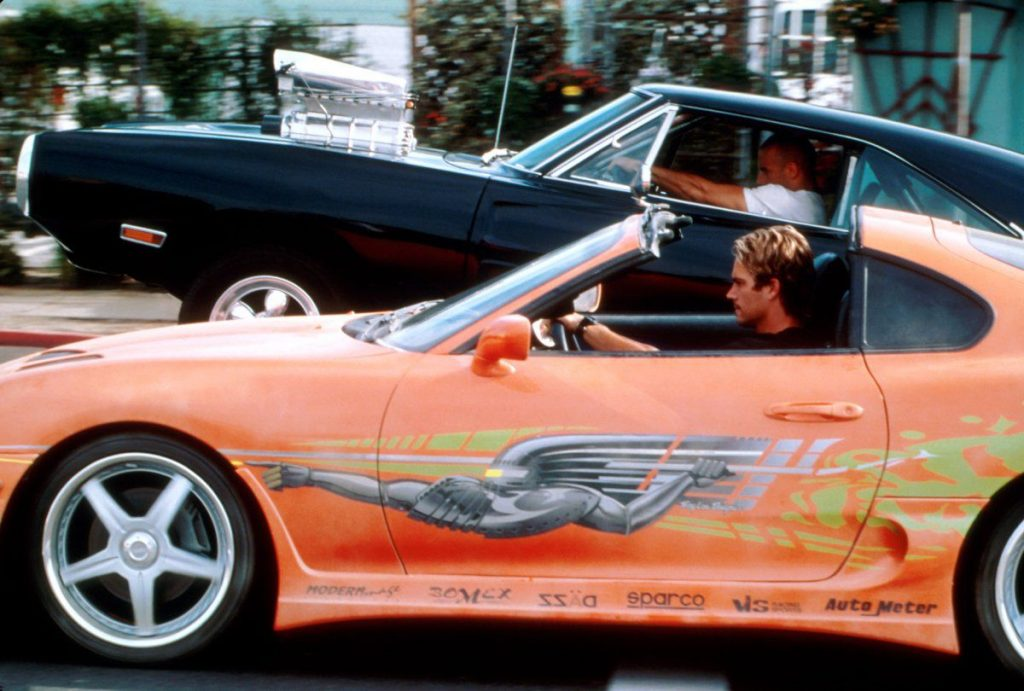 Toyota Supra: Brian O'Conner dirigindo o icônico carro em 'Velozes e Furiosos' (2001). Imagem: Universal Pictures/Reprodução