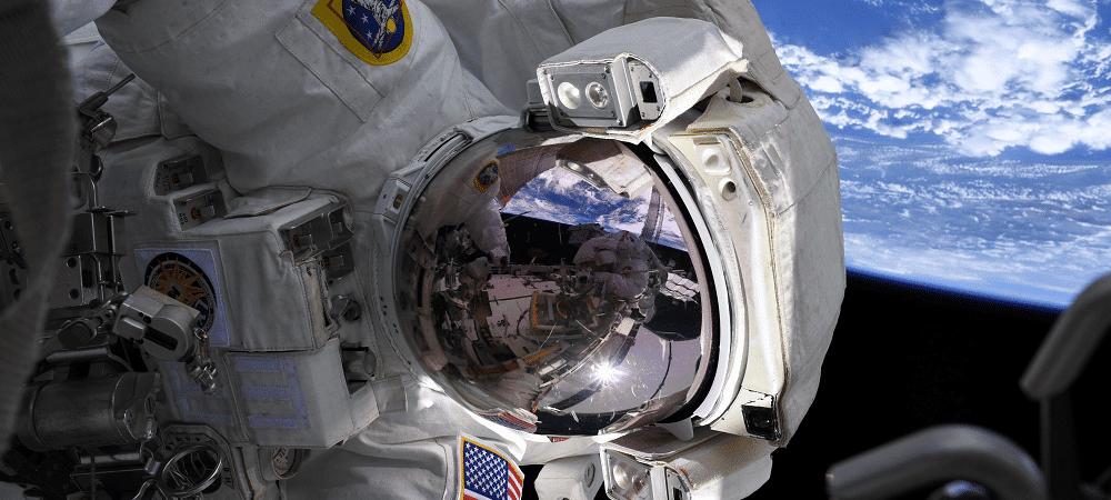 astronauta estação espacial