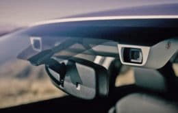 De forma oficial, Tesla começa a usar câmera dentro de carros para monitorar atenção do motorista