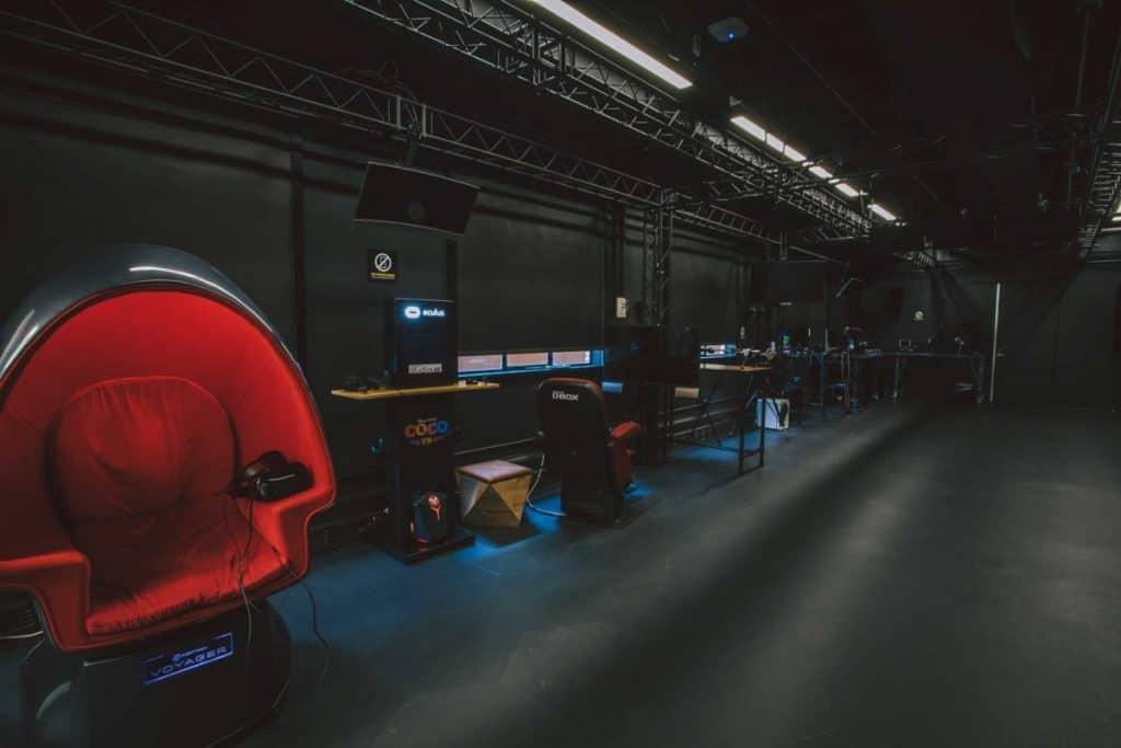 Foto mostra uma parte do escritório do StudioLAB, hub tecnológico do Walt Disney Studios