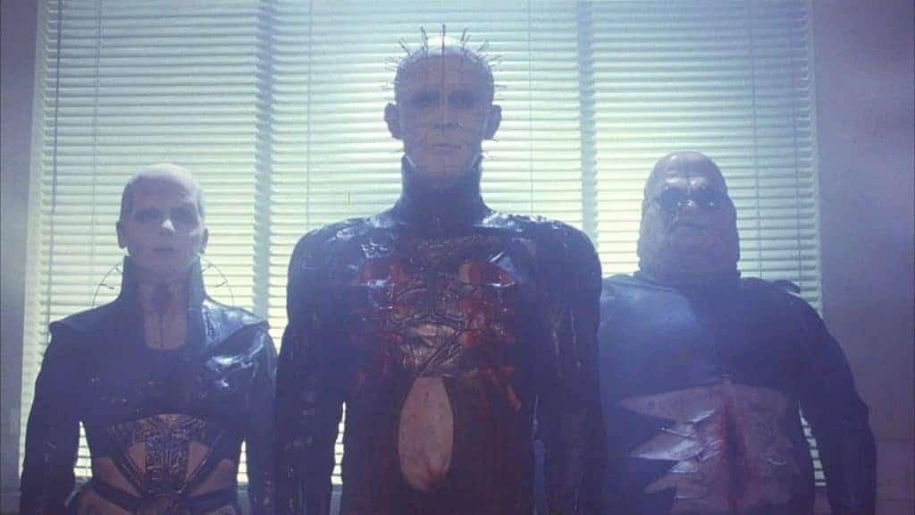 Doug Bradley como Pinhead em 'Hellraiser' (1987). Imagem: New World Pictures/Reprodução
