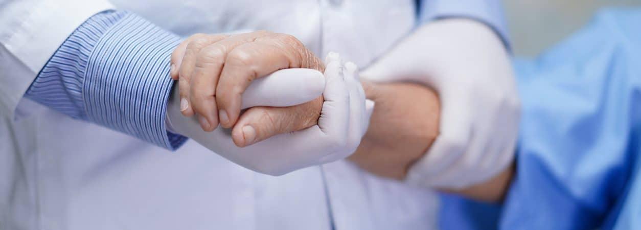 Pessoas com autismo sofrem para conseguirem atendimento médico adequado durante a pandemia