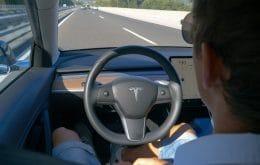 Más que imprudente: propietario de Tesla arrestado por mal uso del piloto automático
