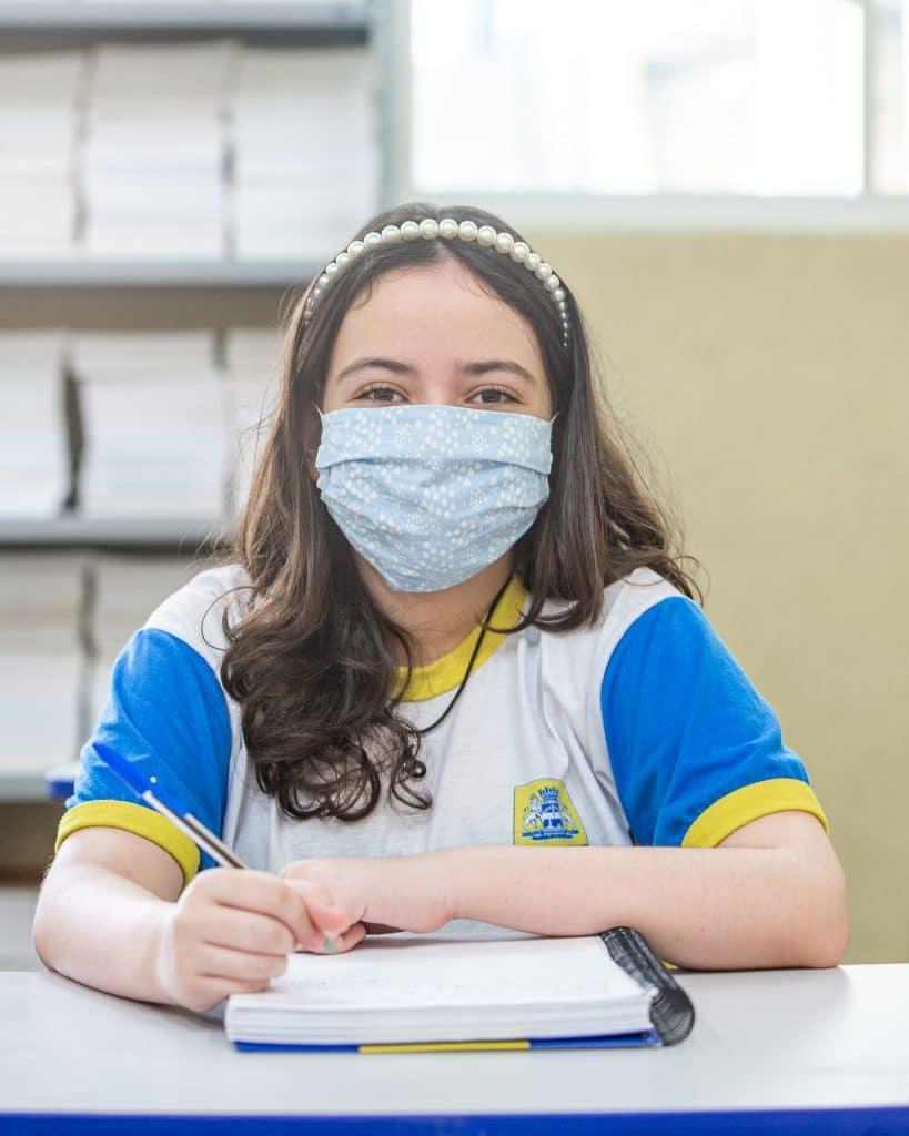 Isadora Vasconcelos, estudante brasileira vencedora de concurso da Nasa