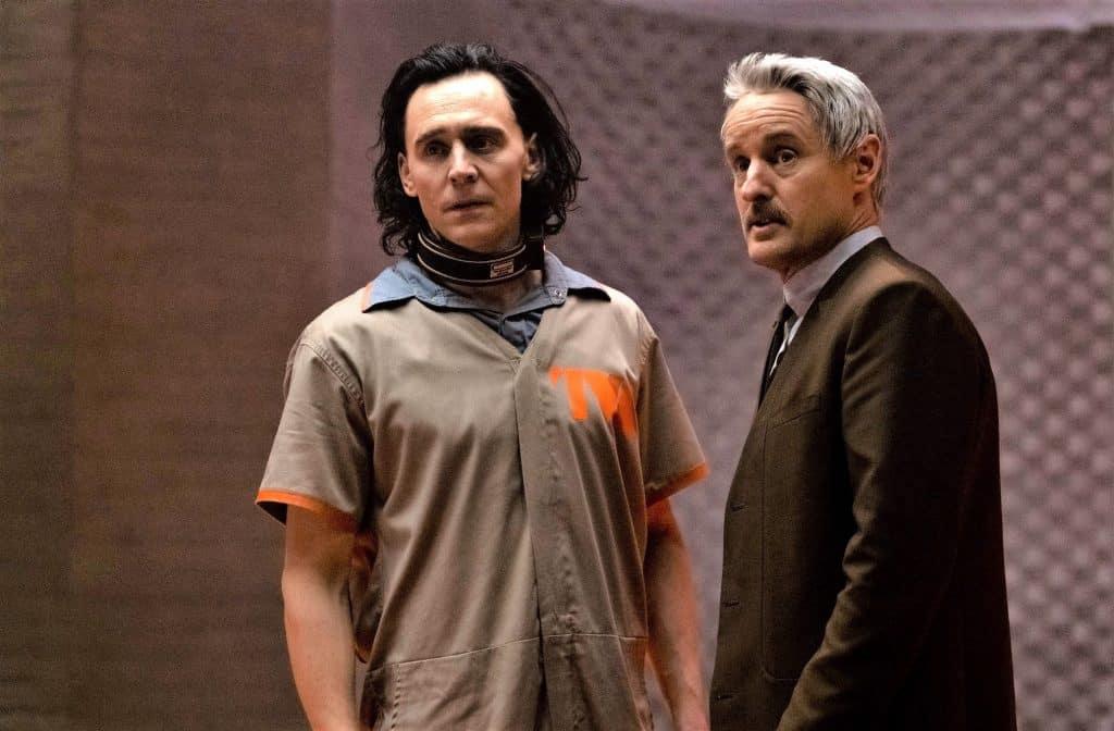 Tom Hiddleston (Loki) e Owen Wilson (Mobius)
