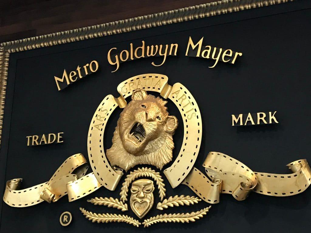 Amazon estaria negociando a compra da MGM. Imagem: Alex Millauer / Shutterstock.com