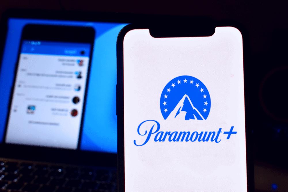 celular com o serviço paramount + paramount plus
