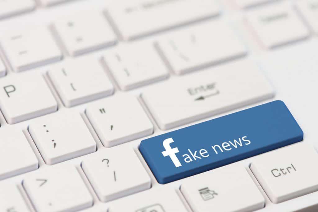 Ilustração de fake news nas redes sociais