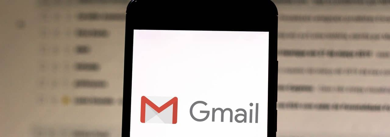 Gmail aberto em smartphone