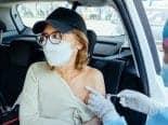 Por que algumas pessoas apresentam efeitos colaterais após tomarem vacina Covid-19?